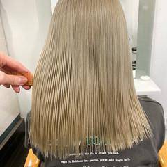 ミルクティーベージュ ホワイトベージュ グレージュ ストリート ヘアスタイルや髪型の写真・画像