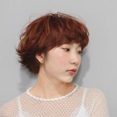 マッシュ ガーリー レッド オレンジ ヘアスタイルや髪型の写真・画像