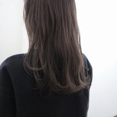 ストリート 暗髪 グレージュ 透明感 ヘアスタイルや髪型の写真・画像