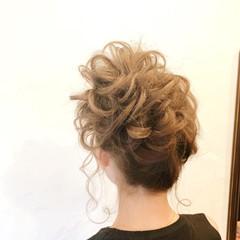 お団子ヘア 結婚式 ミディアム お団子アレンジ ヘアスタイルや髪型の写真・画像