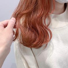 セミロング アディクシーカラー インナーカラー イルミナカラー ヘアスタイルや髪型の写真・画像
