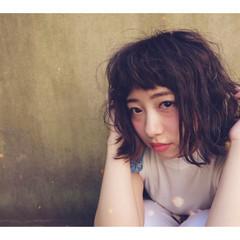 ストリート ボブ くせ毛風 ナチュラル ヘアスタイルや髪型の写真・画像