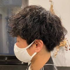 メンズスタイル ストリート メンズヘア スパイラルパーマ ヘアスタイルや髪型の写真・画像
