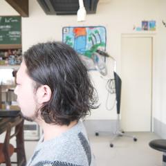 ナチュラル メンズカット メンズパーマ メンズスタイル ヘアスタイルや髪型の写真・画像