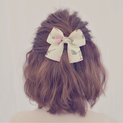 簡単ヘアアレンジ ハーフアップ ピンク ショート ヘアスタイルや髪型の写真・画像