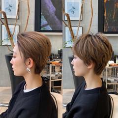 ショートヘア ショートボブ ナチュラル 切りっぱなしボブ ヘアスタイルや髪型の写真・画像