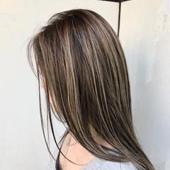 ナチュラル ロング ハイライト ダブルカラー ヘアスタイルや髪型の写真・画像