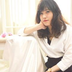 アンニュイ 大人かわいい フェミニン セミロング ヘアスタイルや髪型の写真・画像