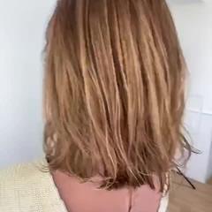 モテボブ ミルクティーベージュ ナチュラル 切りっぱなしボブ ヘアスタイルや髪型の写真・画像