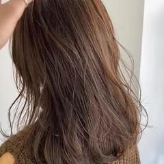 グレージュ 3Dハイライト ベージュ アッシュベージュ ヘアスタイルや髪型の写真・画像