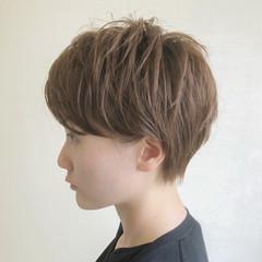 ふんわりショート モード ショート マニッシュ ヘアスタイルや髪型の写真・画像