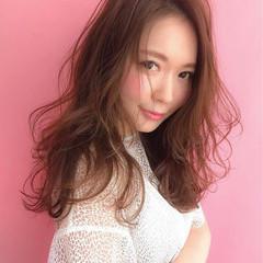 セミロング デート アッシュ 外国人風 ヘアスタイルや髪型の写真・画像