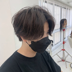 センターパート ナチュラル メンズマッシュ メンズヘア ヘアスタイルや髪型の写真・画像