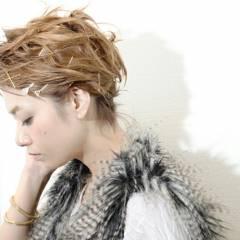 簡単ヘアアレンジ ヘアアレンジ ヘアアクセ ショート ヘアスタイルや髪型の写真・画像