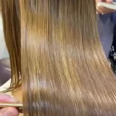 アッシュ ハイライト ストレート ブリーチ ヘアスタイルや髪型の写真・画像