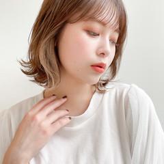 レイヤーカット ナチュラル 透明感 鎖骨ミディアム ヘアスタイルや髪型の写真・画像