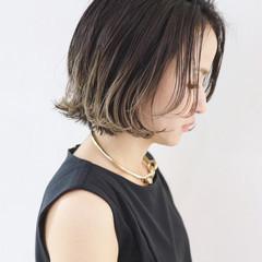 ストリート ブルージュ グラデーションカラー ボブ ヘアスタイルや髪型の写真・画像