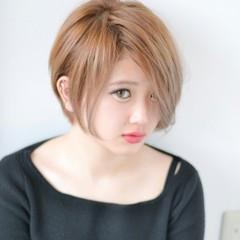 グレージュ アッシュ ガーリー ハイライト ヘアスタイルや髪型の写真・画像