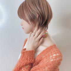 ミニボブ 切りっぱなしボブ ショートボブ ショート ヘアスタイルや髪型の写真・画像