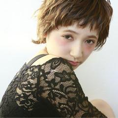 フェミニン ナチュラル 大人かわいい 前髪あり ヘアスタイルや髪型の写真・画像