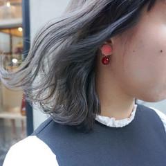 くすみカラー 透明感カラー グレージュ 暗髪 ヘアスタイルや髪型の写真・画像