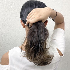 ミルクティー グレージュ ロング グラデーションカラー ヘアスタイルや髪型の写真・画像