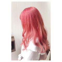 ピンク ヘアマニキュア フェミニン 秋 ヘアスタイルや髪型の写真・画像