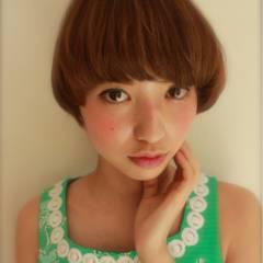 秋 ナチュラル 卵型 ショート ヘアスタイルや髪型の写真・画像