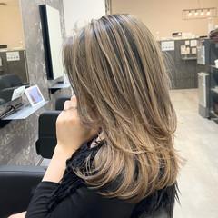 ストリート レイヤーカット 外国人風カラー ミディアムレイヤー ヘアスタイルや髪型の写真・画像