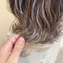 大人女子 アッシュ グレーアッシュ アッシュグレージュ ヘアスタイルや髪型の写真・画像