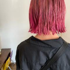 切りっぱなしボブ ストリート ブリーチオンカラー ボブ ヘアスタイルや髪型の写真・画像