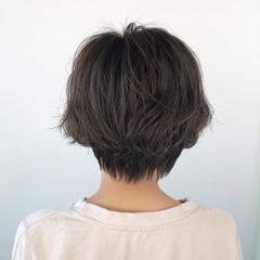 ナチュラル ショートボブ ミディアム ショートヘア ヘアスタイルや髪型の写真・画像