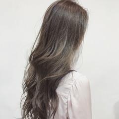 グラデーションカラー ハイライト ロング 外国人風カラー ヘアスタイルや髪型の写真・画像