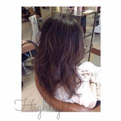 暗髪 ローライト セミロング ハイライト ヘアスタイルや髪型の写真・画像
