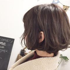 ナチュラル グレージュ ハイライト ショート ヘアスタイルや髪型の写真・画像