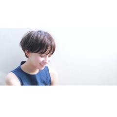 ウェットヘア 黒髪 大人かわいい ナチュラル ヘアスタイルや髪型の写真・画像