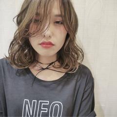 暗髪 大人かわいい アッシュ ストリート ヘアスタイルや髪型の写真・画像