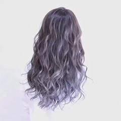 ロング ハイライト フェミニン 外国人風 ヘアスタイルや髪型の写真・画像