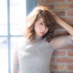 外国人風 かわいい 色気 前髪あり ヘアスタイルや髪型の写真・画像