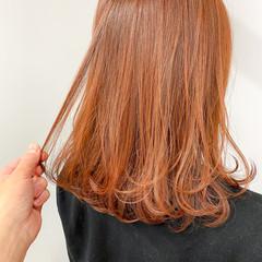 インナーカラー イルミナカラー ナチュラル 切りっぱなしボブ ヘアスタイルや髪型の写真・画像