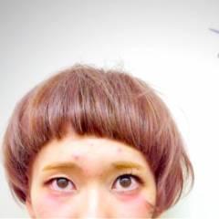 オン眉 秋 ナチュラル マッシュ ヘアスタイルや髪型の写真・画像