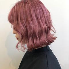 フェミニン ラベンダーピンク ラズベリーピンク チェリーレッド ヘアスタイルや髪型の写真・画像