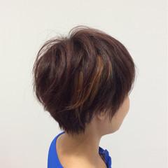 ハイライト ショート イルミナカラー モード ヘアスタイルや髪型の写真・画像