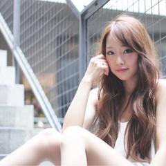 大人かわいい ストリート ハイライト ロング ヘアスタイルや髪型の写真・画像