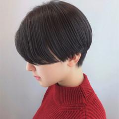 おしゃれ ハンサムショート コンサバ 黒髪ショート ヘアスタイルや髪型の写真・画像