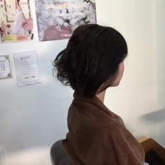 ナチュラル アンニュイ 簡単ヘアアレンジ 大人かわいい ヘアスタイルや髪型の写真・画像