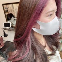 ロング ピンク イヤリングカラー イヤリングカラーピンク ヘアスタイルや髪型の写真・画像