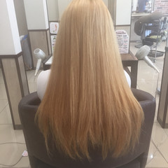 ガーリー ロング ハイトーン ブリーチ ヘアスタイルや髪型の写真・画像
