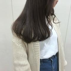 オリーブグレージュ 艶髪 韓国ヘア マットグレージュ ヘアスタイルや髪型の写真・画像
