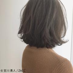 アッシュ 大人女子 ボブ ハイライト ヘアスタイルや髪型の写真・画像